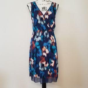 Simply Vera Navy Floral V-neck sleeveless dress